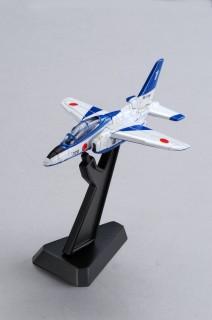 『トミカプレミアム22 航空自衛隊 T-4 ブルーインパルス』(税抜900円)