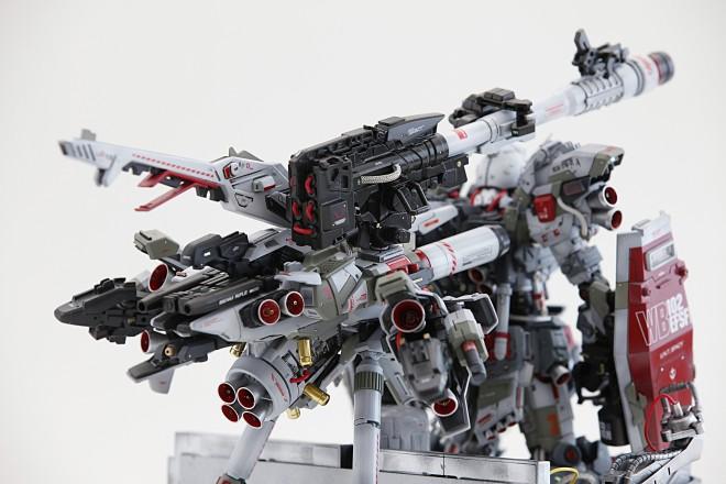 製作:北出 晋一 作品名:『RX78-2 FULL-ARMOUR de FULL-BURNERN & WEAPON SYSTEM』