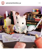 マシュマロネズミの女の子に発表会用のドレスのデザインを頼まれたショコラウサギのお姉さん。「うーん…どんなドレスにしようかしら…」