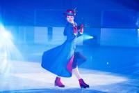 浅田真央が氷上のメリー・ポピンズに変身