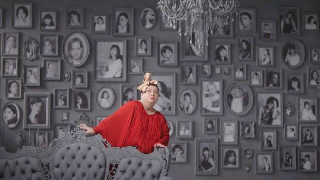 初めて化粧品CMに出演したマツコ・デラックス