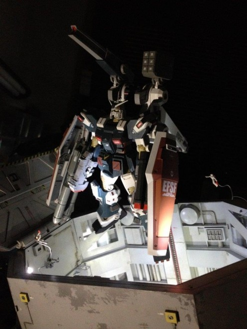 作品名:『機動戦士ガンダム サンダーボルト 』英雄の条件 制作:市川貴秀(あにさんとの合作)