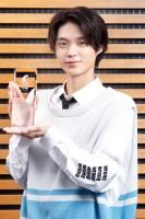 第14回「コンフィデンスアワード・ドラマ賞」新人賞を受賞した磯村勇斗(写真:片山よしお)