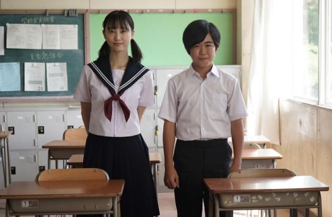 ドラマ『名古屋行き最終列車』の主演を務める松井玲奈と、第7弾から出演する鈴木福 (C)メ〜テレ
