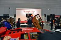 走行入場するランボルギーニ・カウンタック LP500S