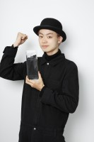 15年7月期『第1回コンフィデンスアワード・ドラマ賞』主演男優賞の菅田将暉(EX系『民王』)