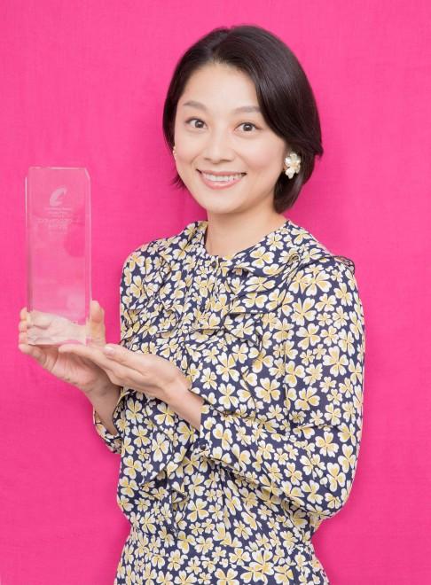 17年4月期「第8回コンフィデンスアワード・ドラマ賞」助演女優賞の小池栄子(日テレ系『母になる』)