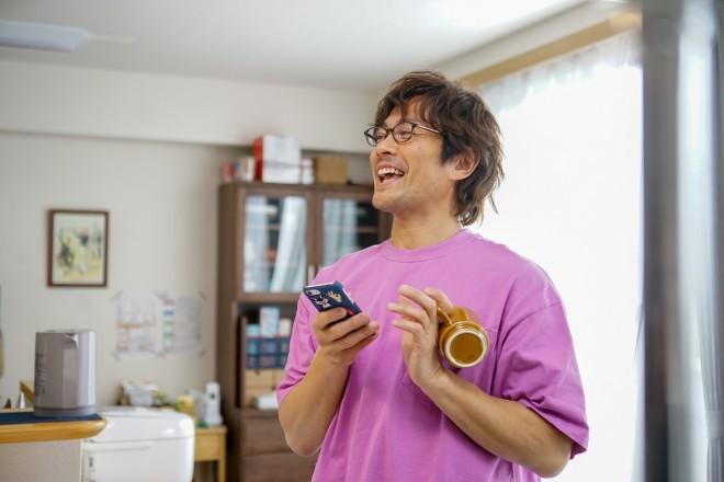 『第16回 コンフィデンスアワード・ドラマ賞』で「主演男優賞」を受賞した内野聖陽 (C)「きのう何食べた?」製作委員会