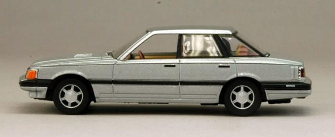 1980年日産自動車が新世代の乗用車として登場させた初代レバード(F30型)