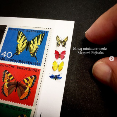 切手とミニチュア蝶。制作&写真/meq
