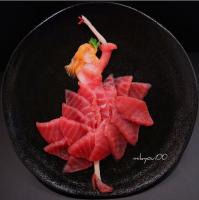 【フラメンコを踊る女性】マグロ、サーモン、ハマチを使用。制作&写真/mikyou