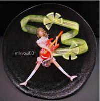 ヒゲソリダイ、ハマチで表現した【ギターガール】。制作&写真/mikyou