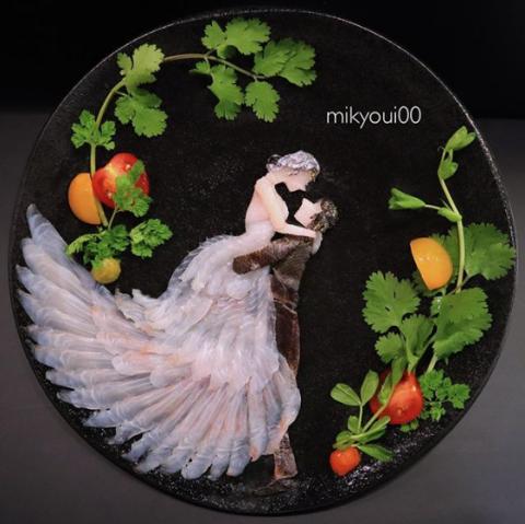 結婚式のワンシーンを切り取ったロマンチックな「お刺身アート」。制作&写真/mikyou