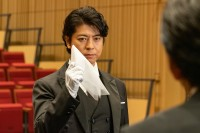 19年春ドラマ期待度ランキング10位を獲得した、金曜8時のドラマ『執事 西園寺の名推理2』 (C)テレビ東京