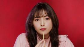 『じゃがりこ』の新CM「あのCM再び」篇に起用された川口春奈