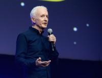 C-3PO役のアンソニー・ダニエルズ=『スター・ウォーズ セレブレーション・シカゴ2019』にて「エピソード9」タイトル発表