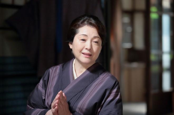 『第15回 コンフィデンスアワード・ドラマ賞』で「助演女優賞」を受賞した松坂慶子