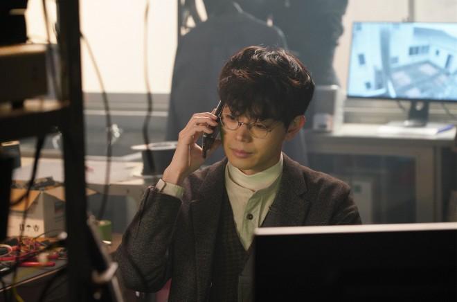 『第15回 コンフィデンスアワード・ドラマ賞』で「脚本賞」を受賞した武藤将吾氏、執筆した『3年A組 —今から皆さんは、人質です—』シーンカット (C)日テレ