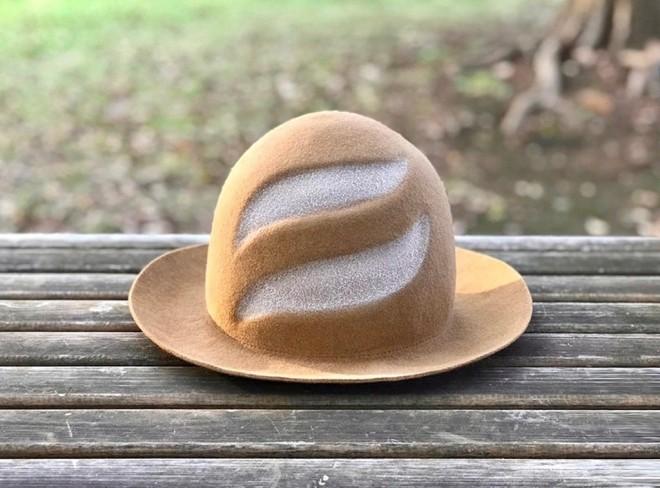 『KENT HAT』の『フランスパンハット』