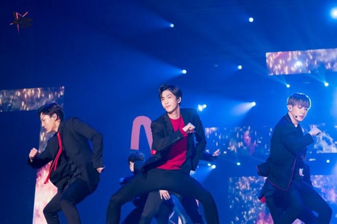 『KCON 2016 JAPAN』に出演したMONSTA X