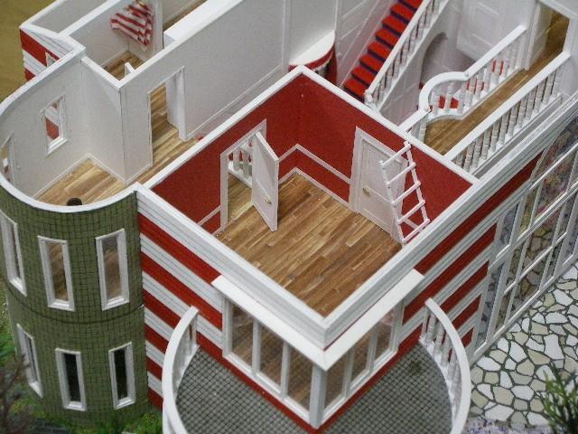 楳図かずお邸 「まことちゃんハウス」