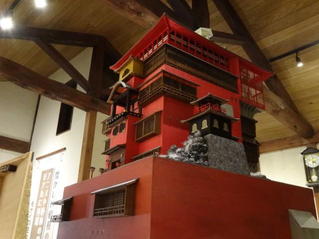 ジブリアニメ・千と千尋の神隠し「油屋」
