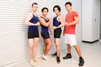 NHK『みんなで筋肉体操』のコスプレで登場したコスプレチーム「肉体造形部」のメンバー 左から、Billyさん、よみめいとさん(小林航太さん)、ウサコさん、kenさん