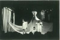 舞台上の写真