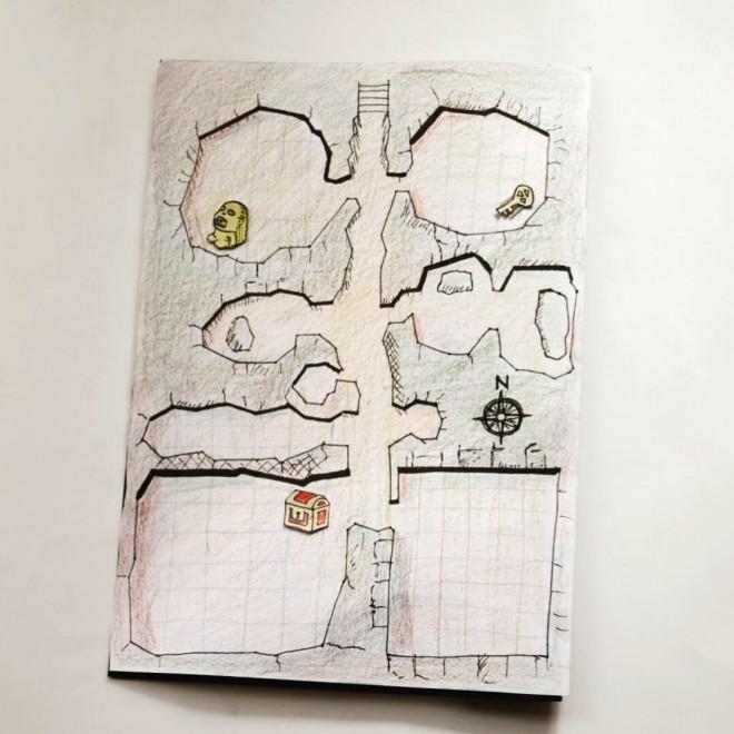 家の中に宝隠して地図にヒント貼って子供が探す