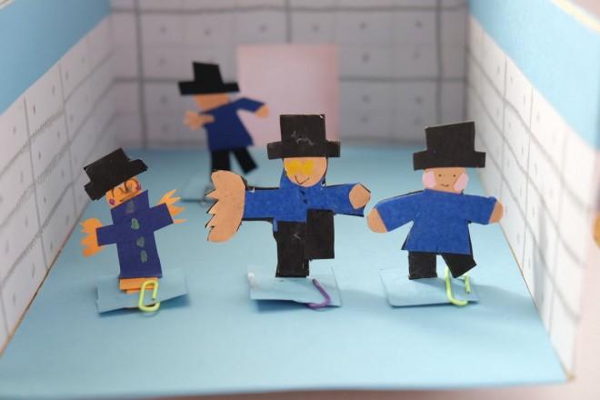 ジャミロクワイの「バーチャル・インサニティ」のMVを模した磁石人形