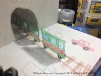 不、不思議〜!ノートのトンネルから電車が出現。制作・写真/Mozu