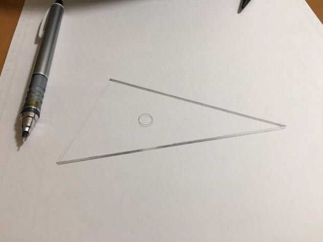 三角定規のメイキング。制作・写真/Mozu