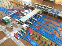国鉄車両が多く存在する中国地方、山陽本線・山陽新幹線・広島電鉄「広島駅」を再現
