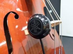「音響再現装置」を取り付けたコントラバス 写真提供/ヤマハ