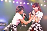 (左から)岡田奈々、柏木由紀=AKB48『僕の夏が始まる』公演 公開ゲネプロより (C)ORICON NewS inc.
