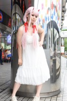 『NEWレイヤーズ★パラダイス』コスプレイヤー・てんしょるちゃんさん<br>(『ダリフラ』CODE:002)