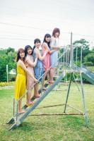 日向坂46初のグループ写真集 先行公開カット(撮影/加藤アラタ)