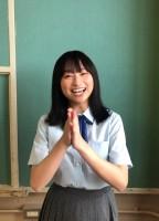 日向坂46グループ写真集『立ち漕ぎ』に出演することを発表した影山優佳(写真集公式ツイッターより)
