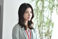 『第16回 コンフィデンスアワード・ドラマ賞』で「主演女優賞」を受賞した吉高由里子、出演した火曜ドラマ『わたし、定時で帰ります。』(TBS系)のシーンカット (C)TBS