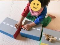 靴の箱を再利用した『カラフルくつブロック』(制作・写真:むーさん)