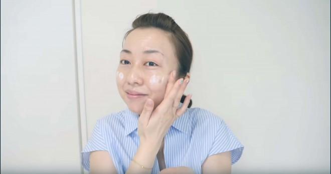 化粧下地・プライマーを使用