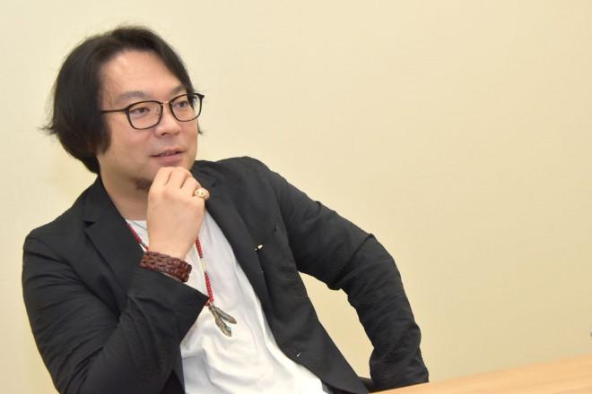 ソニー・ミュージックエンタテインメントと共に、新感覚音楽朗読劇シリーズ「READING HIGH」プロジェクトを展開する劇作家・藤沢文翁氏
