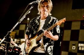 ギターのToru