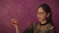 明治『メルティーキッス』新CM「洋酒を注ぐ」篇より