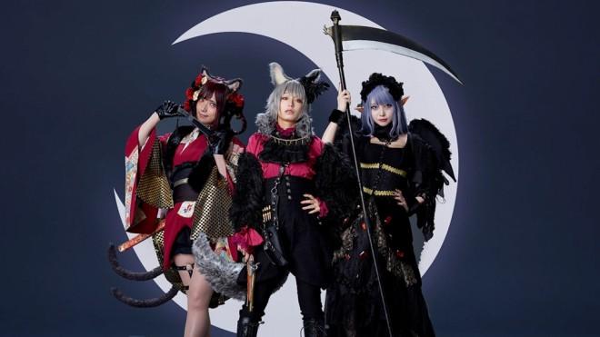 『KATE』コスプレメイクブックで、オリジナルコスプレを披露した(左から)ゆう、宇垣美里、シスル