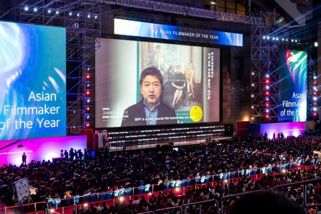 オープニングセレモニーにビデオメッセージを寄せた是枝裕和監督