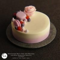 【ミニチュア】バタークリーム・ベリーケーキ 制作&写真/田波亨(Petit Palm)