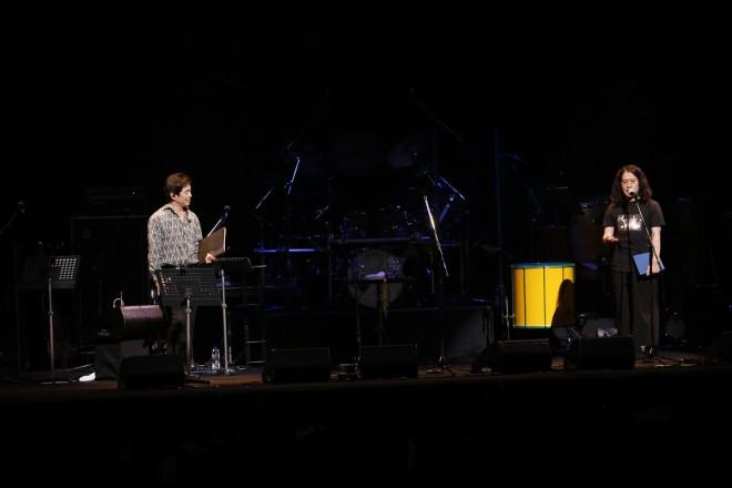 ゲストとして登場したピース・又吉直樹は宮沢和史と詩を朗読した