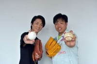 左から、真田ナオキ、木川尚紀