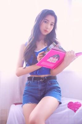 オーロラ(中国)/1997年1月14日生/シンボルカラー:紫